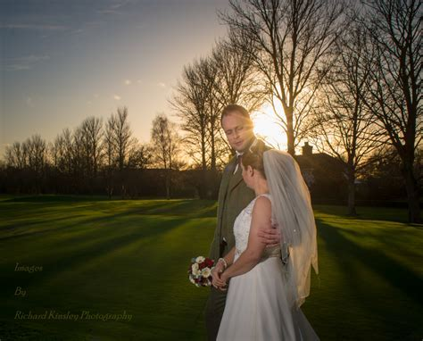 weddings simple off camera flash   Richard Kinsley Photography