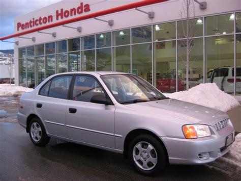 Hyundai Accent 2002 by 2002 Hyundai Accent Vin Kmhcg35c52u219220