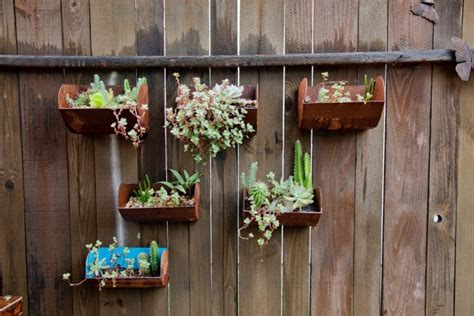 15 Hanging Herb Garden Designs Ideas Design Trends Herb Garden Wall Hanging