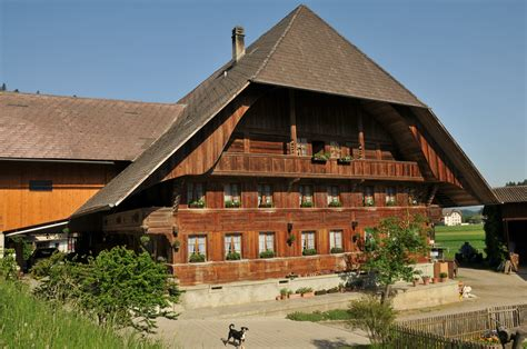 Farm Houses file emmentaler bauernhaus jpg wikimedia commons