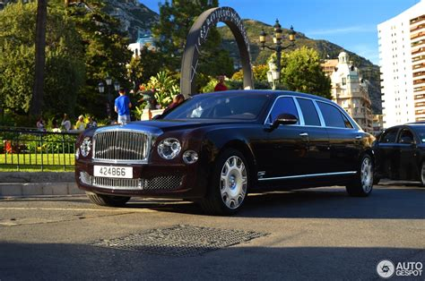 bentley mulsanne limo bentley mulsanne grand limousine 6 august 2016 autogespot