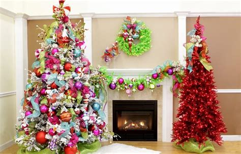 30 colorful christmas tree decorations ideas for this