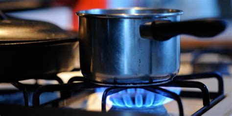 electric vs gas cooktop the pros and cons of gas vs electric cooking reviewed