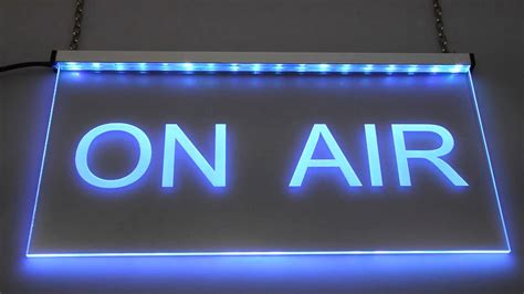 On Air In on air led grviertes schild mit indirekter led beleuchtung