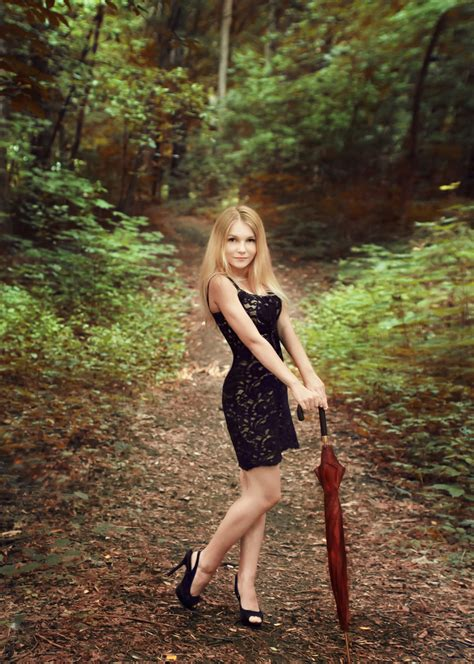 0008288607 the girl in the woods 21 lastest woodworking girl egorlin