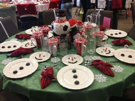christmas table setting easy christmas table setting simple white plates to make