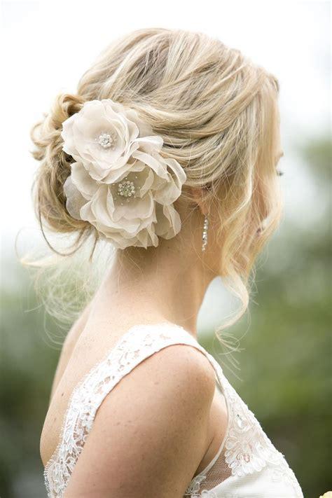 17 best ideas about bridal hair flowers on bohemian wedding hair boho wedding hair