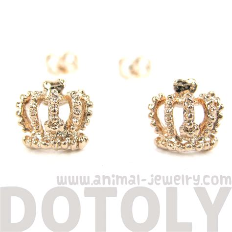 dotoly plus classic crown shaped princess themed stud