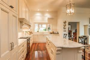 Sa Kitchen Designs Provincial Kitchen Strathalbyn Sa