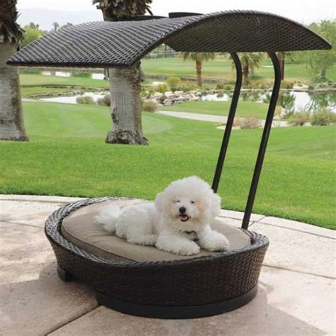 36 Awesome Dog Beds For Indoors And Outdoors Digsdigs Outdoor Furniture For Dogs