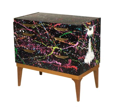 Graffiti Furniture urbankind graffiti furniture the awesomer
