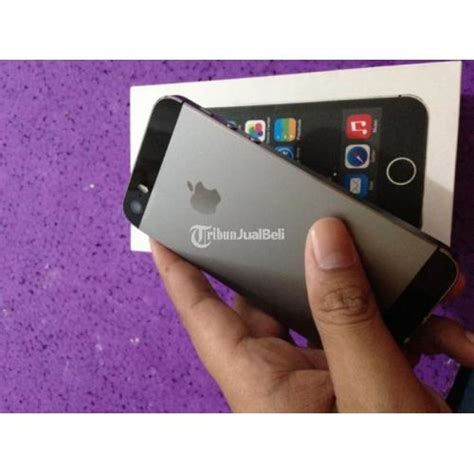 Iphone 5s 32gb Harga Nego iphone 5s grey 32gb fullset second fu masih segel fullset normal harga murah surabaya dijual