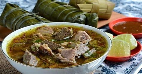 makanan khas daerah sulawesi selatan kuliner enak soto