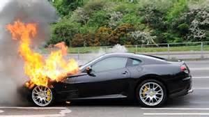 autos deportivos destrozados   2 doovi