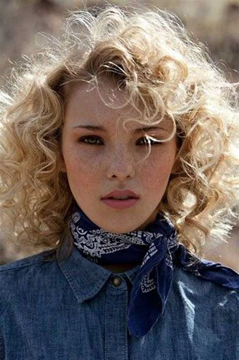 best hair cutt for frizzy blonde hair 25 curly layered haircuts hairstyles haircuts 2016 2017