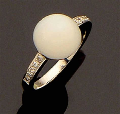 button pearl gold ring for sale at 1stdibs