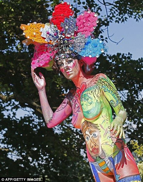 festival bodypainting dunia quot welcome to my quot festival painting dunia