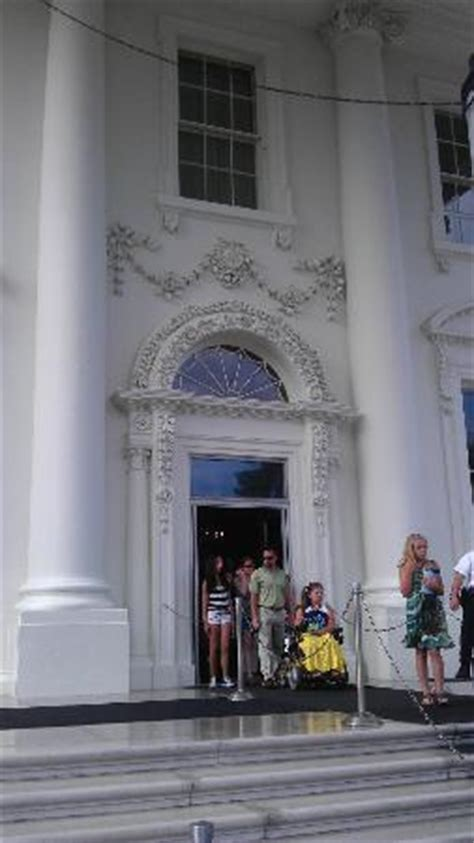 White House Front Door!   Picture of White House