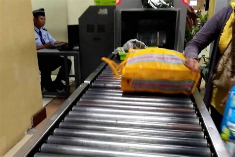 Mesin X Bandara ruang vip bandara biak dipasangi mesin x republika