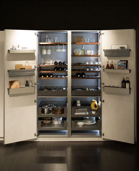 dispensa in cucina accessori per cucine organizza lo spazio dei mobili