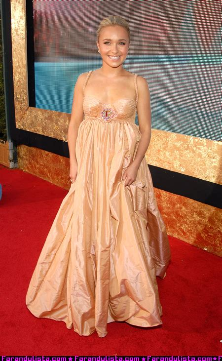 59th Emmy Awards Carpet Hayden Panettiere by Hayden Panettiere 59th Primetime Emmy Awards 2007