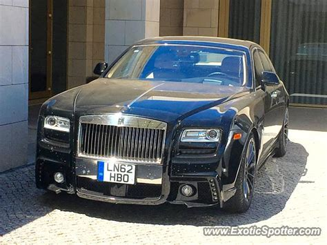rolls royce portugal rolls royce ghost spotted in vilamoura portugal on 08 13 2016