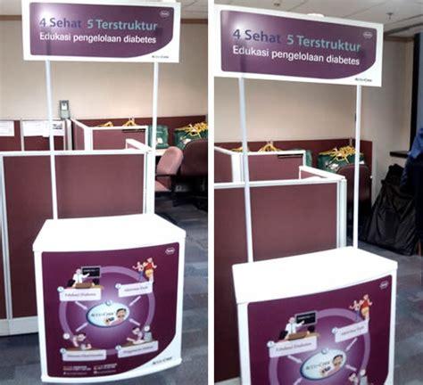 Meja Event Desk meja promosi event desk accu chek roche diagnostic produsen booth stand dan tenda untuk