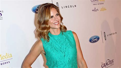 Kitchen Island Feet today host natalie morales picks up 6 8m brentwood home
