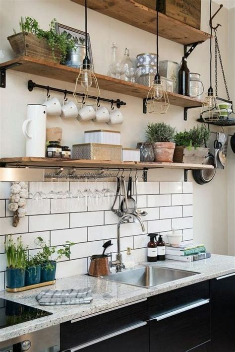 cuisine avec etagere le rangement mural comment organiser bien la cuisine