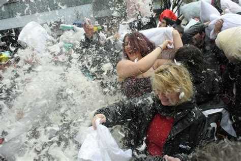 how to a pillow fight international pillow fight day is april 7 how to join the
