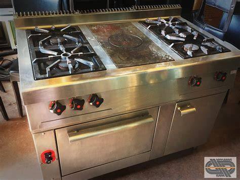 feu vif cuisine fourneau professionnel 4 feux vifs plaque coup de feu