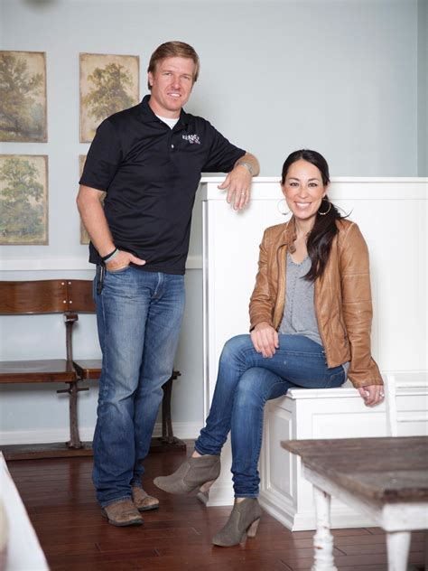 fixer upper stars chip and joanna gaines are photos hgtv s fixer upper with chip and joanna gaines hgtv