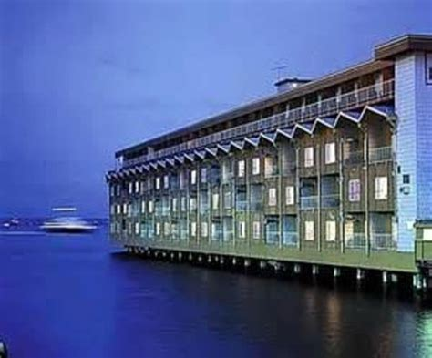 edgewater boats seattle summer deck at the edgewater hotel picture of the