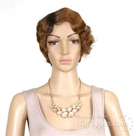 Supermodel Chic by Model Model Synthetic Wig Chic Clara Wigtypes
