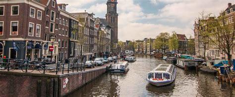 free walking tours amsterdam strawberry tours