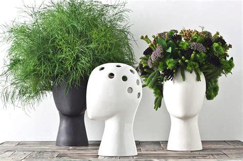wig head vase  green head