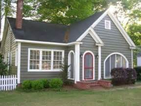 cottage paint colors cottage exterior paint color schemes studio design