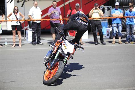 Motorrad Stunt Show 2012 by Ktm Days 2012 Rok Bagoros Stuntshow Motorrad Fotos