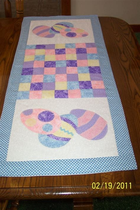 You To See Easter Table Runner By Allthatpatchwor - 17 best images about easter table runners on