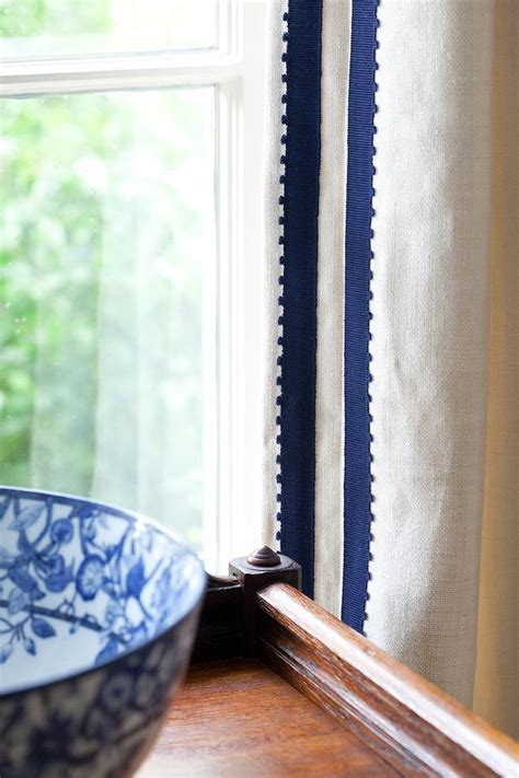 White Curtains With Blue Trim 25 Best Ideas About Curtain Trim On Drapery Panels Blue Flat Curtains And Drapery