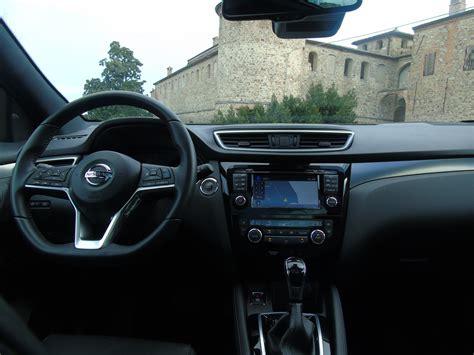 nissan qashqai interni nuovo nissan qashqai 2019 il test drive crossover