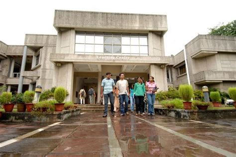 Xlri Executive Mba Course Fee by Xlri Weatherhead To Launch Programme For Mid Career