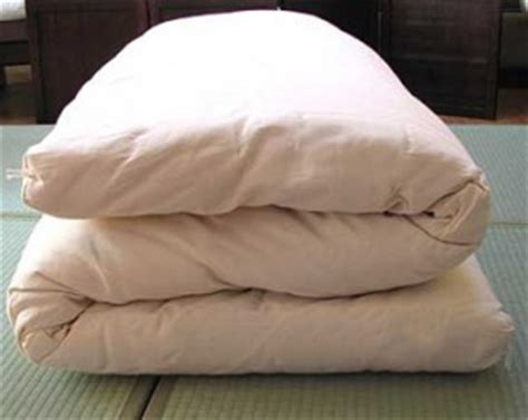 japanese bed roll the everyday minimalist living with less but only the best