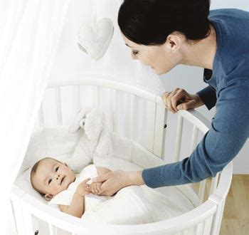 Putting Baby To Sleep In Crib Put Your Children To Sleep On Non Toxic Baby Mattresses Organic Authority