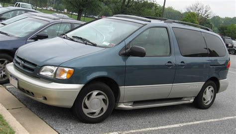 toyota sienna europe 1998 toyota sienna pictures information and specs
