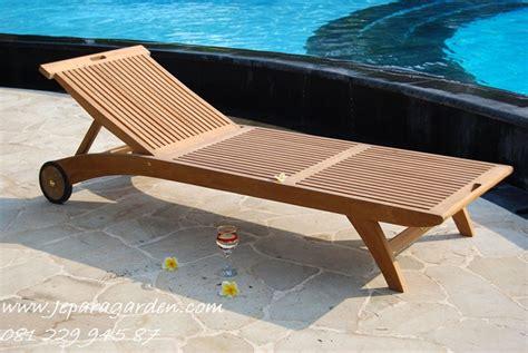 Kursi Kayu Pantai kursi pantai kayu jati jeparagarden