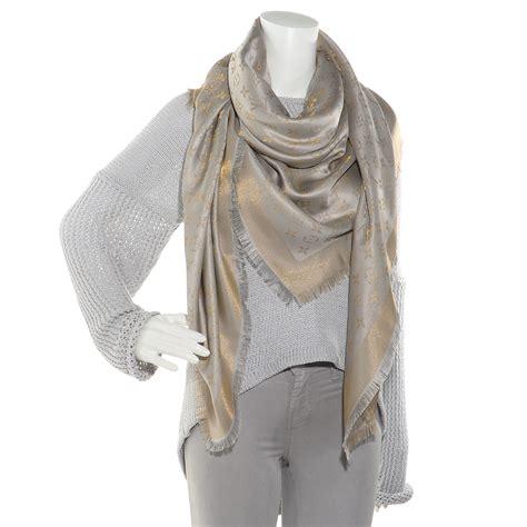 louis vuitton monogram silk wool shine shawl beige