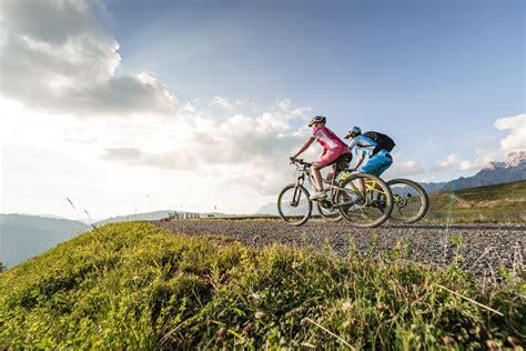 hüttenurlaub in den bergen urlaub mit suchtfaktor biken am hochk 246 nig reise stories