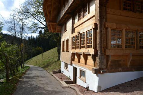 Schwarzwaldhaus Bauen by Aktuelles Details Informationsdienst Holz