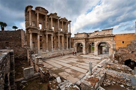 A Place Konusu Efes De ık D 252 Nya K 252 Lt 252 R Mirası Onedio